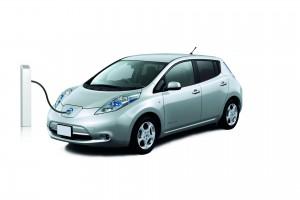 1 Nissan Leaf Silver - Side Angle